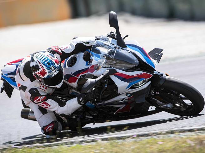 Bmw M 1000 RR: più Superbike per tutti