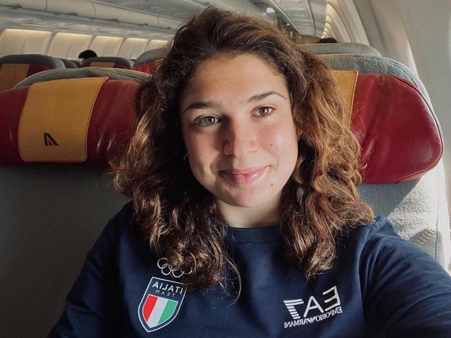 Benedetta Pilato, niente staffetta alle Olimpiadi. Torna a casa: «Grazie a chi aspettava un mio momento buio»