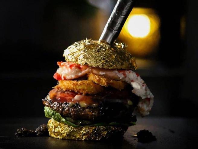 L'hamburger più caro del mondo? Costa 5mila euro (per una buona causa)