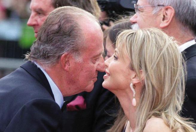 Corinna fa causa a Juan Carlos di Spagna: «Mi spia e mi minaccia»