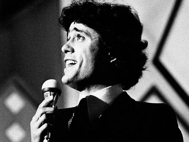 Gianni Nazzaro, morto l'artista che cantava l'amore con leggerezza pop