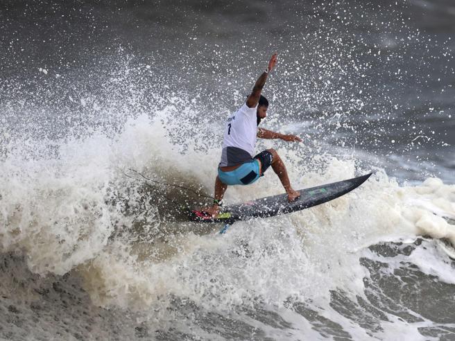 Italo Ferreira, dalla tavola da surf in polistirolo all'oro alle Olimpiadi di Tokyo, e Clarissa Moore l'hawaiana