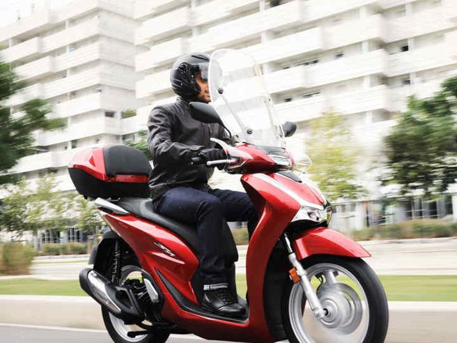 Furti moto, 70 al giorno nel 2020. L'Honda SH è il modello più rubato