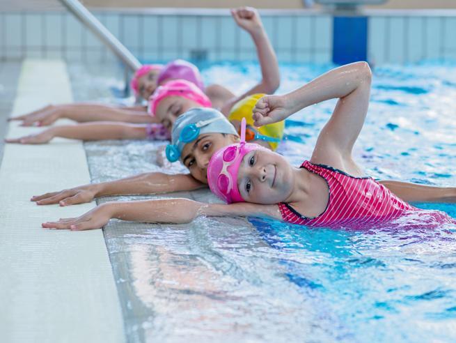 Lo sport fa bene (anche) al cervello Ma il nuoto ancora di più? Forse