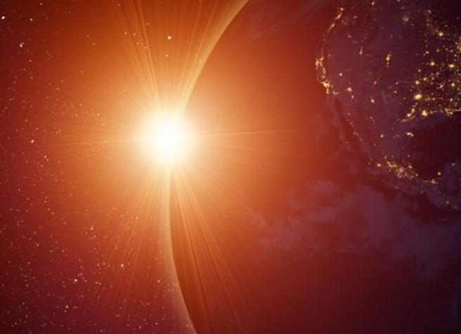Asteroide gigante verso il Sole, potrebbe essere visibile anche a occhio nudo dalla Terra