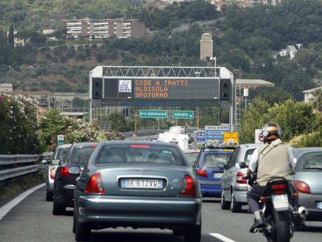 Autostrade,  via al cashback dei pedaggi: come funziona il rimborso e quando scatta