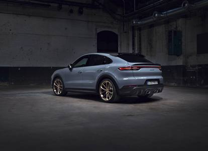 La nuova Porsche Cayenne Turbo GT