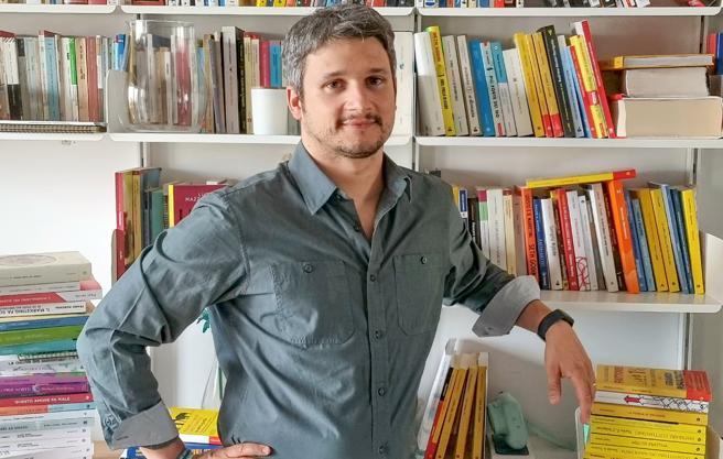 Luca Mazzucchelli, lo psicologo che sul web cura il disagio usando le parabole