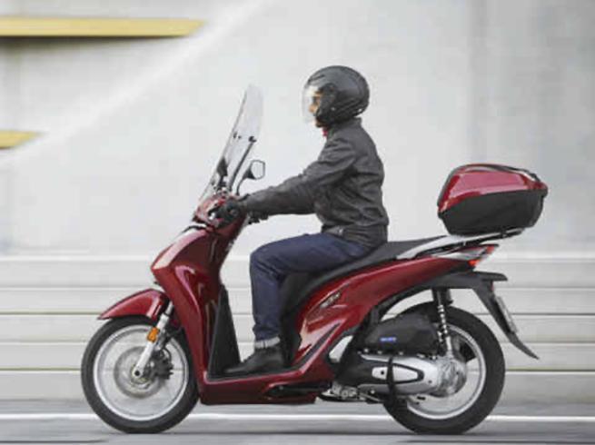 Tre moto rubate ogni ora in Italia Lo scooter SH è il preferito dai ladri Seguono il Liberty e la Vespa