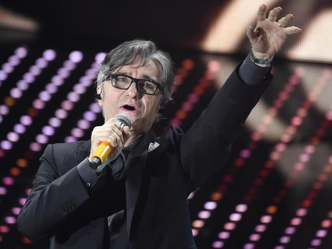 Malore per Gaetano Curreri, il cantante degli Stadio è in terapia intensiva