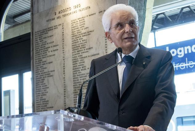 Gladio e P2, Draghi desecreta gli attiMattarella: «Verità sulla strage di Bologna»
