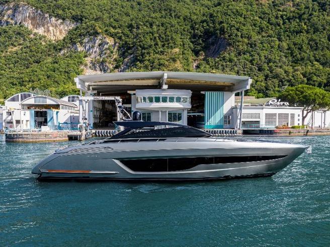Riva 68' Diable, gusto retrò per il nuovo yacht del cantiere di Sarnico