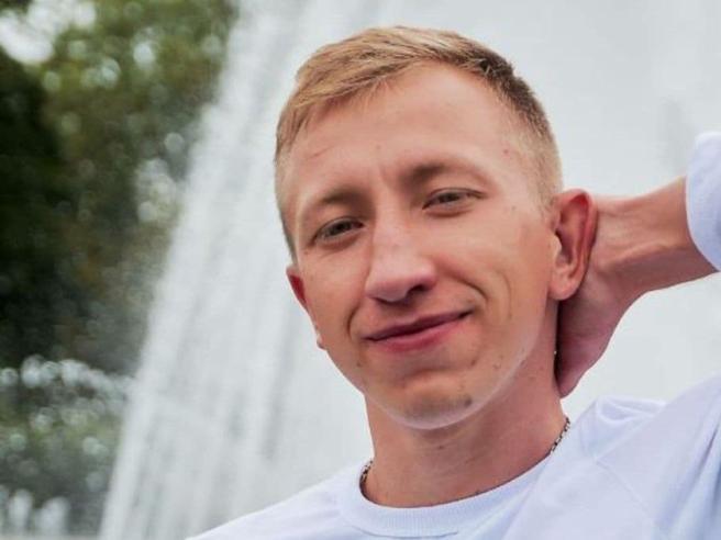 Dissidente bielorusso trovato impiccato a Kiev: «Il regime di Lukashenko lo ha inseguito e liquidato»