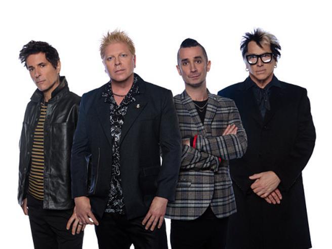 Offspring, via il batterista  Pete Parada perché non vaccinato contro il Covid