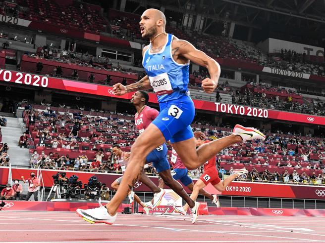 Le scarpe di Jacobs alle Olimpiadi, riscoppia la polemica tra atleti (e marchi)