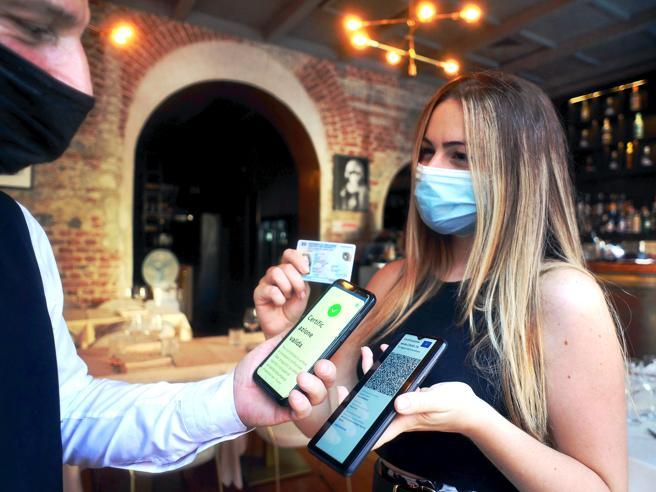Alberghi e ristoranti, serve il green pass? Le regole per gli hotel nel nuovo decreto