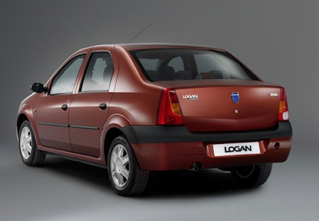 Le 10 auto più brutte degli ultimi 20 anni: dalla Logan alla Multipla, dalla Materia alla Pt Cruiser