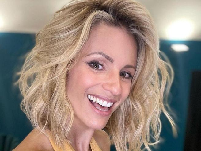 Michelle Hunziker e il nuovo taglio di capelli: «La scelta giusta al momento giusto»