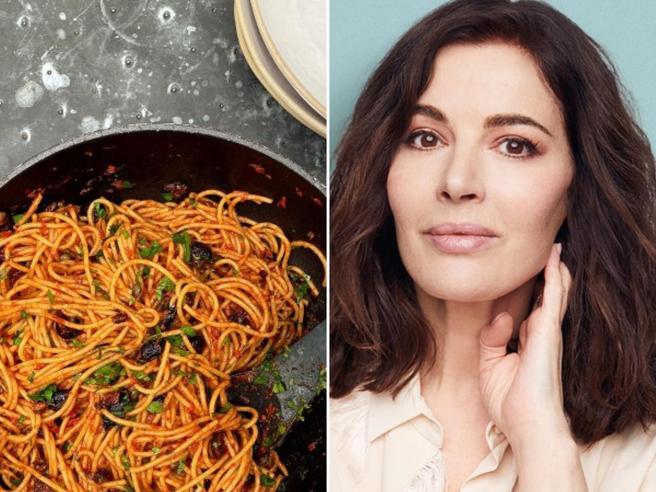 Nigella Lawson: «Non li chiamo più spaghetti alla puttanesca»