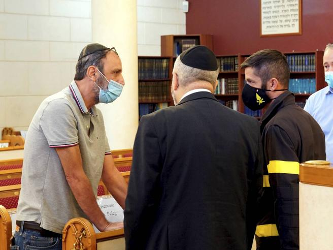 Eitan rapito, la famiglia e quella rabbia in aula: la Procura di Pavia indagava già ad agosto
