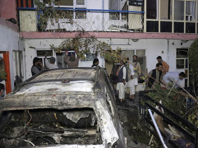 Afghanistan, il Pentagono ammette: «Il raid di Kabul un  errore, morti 10 civili»