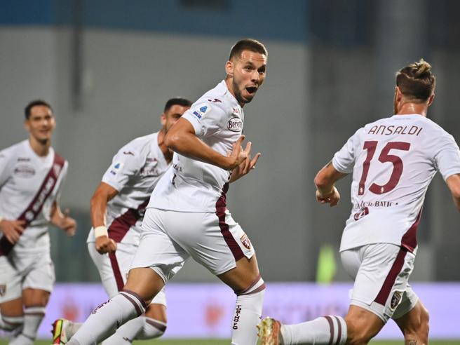Sassuolo-Torino 0-1: Piaça entra e risolve, gran gioco granata