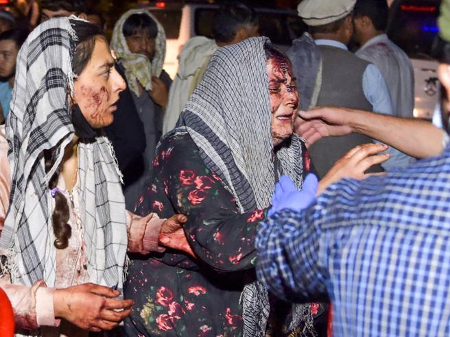 Lorrie Moore. Biden e l'addio a Kabul: «Le donne? Triste ma non è un problema nostro»