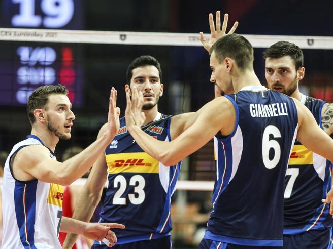 Volley, gli azzurri battono la Slovenia: l'Italia è campione d'Europa