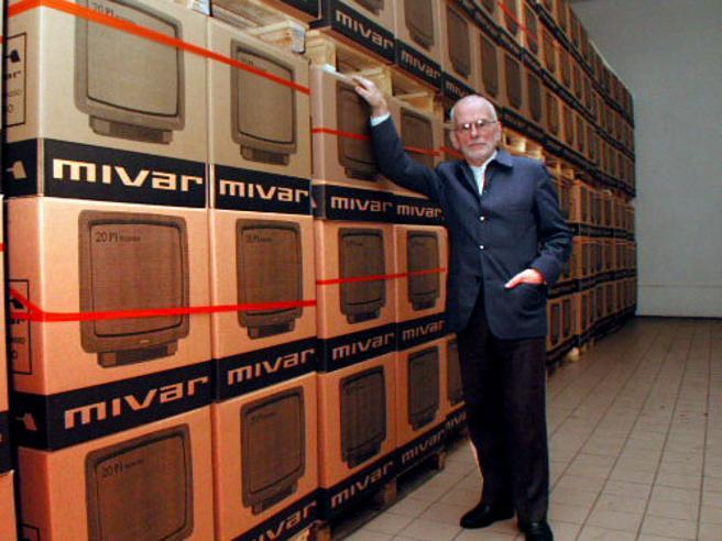 Morto Carlo Vichi, re dei televisori italiani Mivar: aveva 98 anni