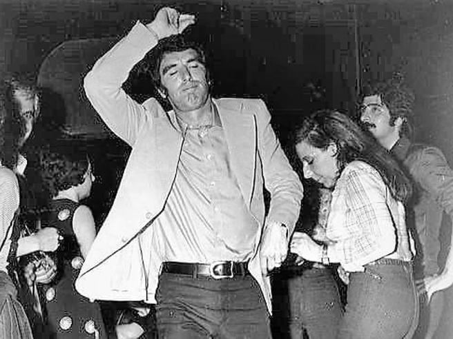 Zoff: «Sì, sono io nella foto in discoteca. Pertini? Si scusò per la sconfitta a carte»
