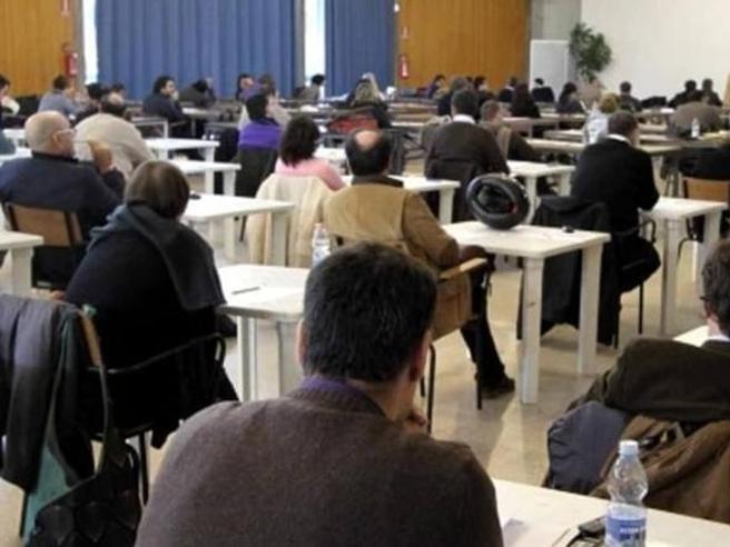 Concorso presidi nella bufera, nel mirino le risposte dei candidati e i punteggi «anomali»
