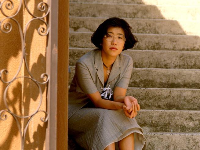 Banana Yoshimoto 30 anni dopo 'Kitchen': «Cerco sempre una via d'uscita dalla paura»