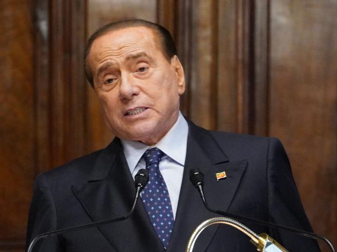 Berlusconi: «Forza Italia essenziale per vincere e governare. Milano ha bisogno di una svolta»