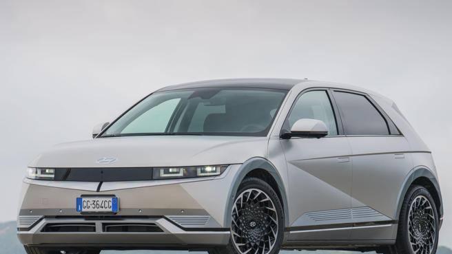 Hyundai Ioniq 5, crossover elettrica che finalmente non assomiglia a nessun'altra