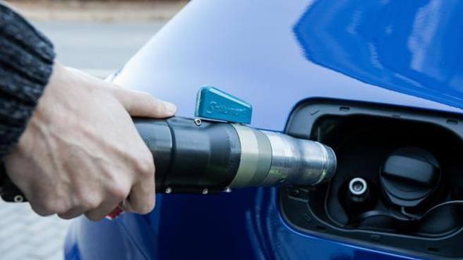 Prezzo metano auto: come trovare i distributori economici dove il rifornimento costa meno
