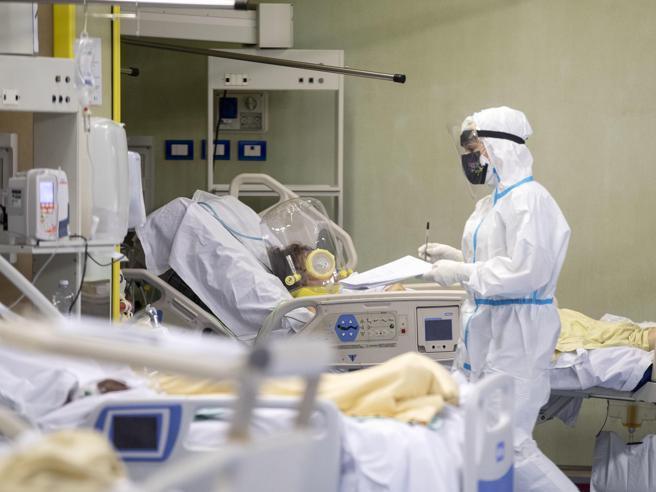 Covid, morto il no vax di Ferrara che si curava con la telemedicina di Ippocrateorg