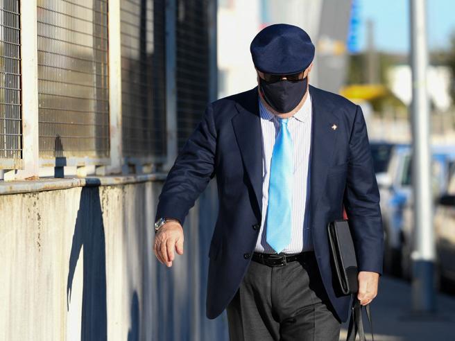 Spagna, inizia il processo al commissario Villarejo, il capo dell'ufficio «affari sporchi» dello Stato