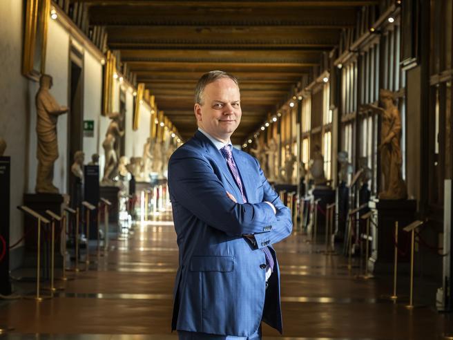 Eike Schmidt: «I miei Uffizi? Un terzo dei visitatori è under 25 e... porta i genitori»