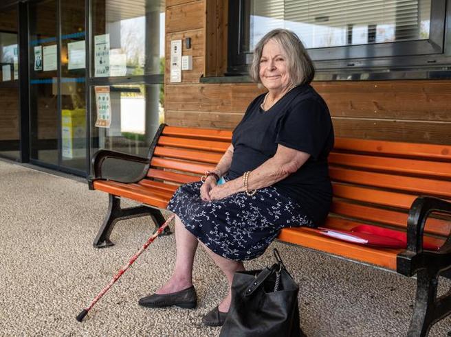Francia: costretta a lasciare la casa di riposo e il suo nuovo amore, anziana si toglie la vita