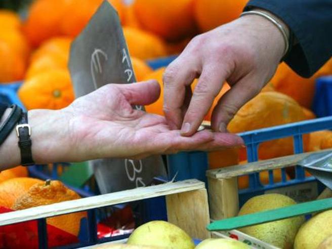 In Olanda 200 casse «lente» al supermercato contro la solitudine degli anziani