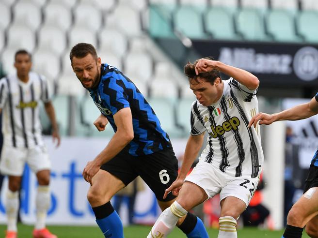 Serie A, i pronostici di Sconcerti per la nona giornata: Roma-Napoli da 1-2, l'Inter batterà la Juventus