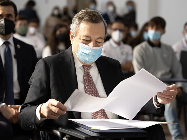 Manovra, fumata nera tra Draghi e sindacati: braccio di ferro sulle pensioni
