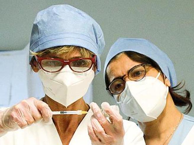 Torino sospende mille sanitari no vax,la maggior parte lavorava con i privati