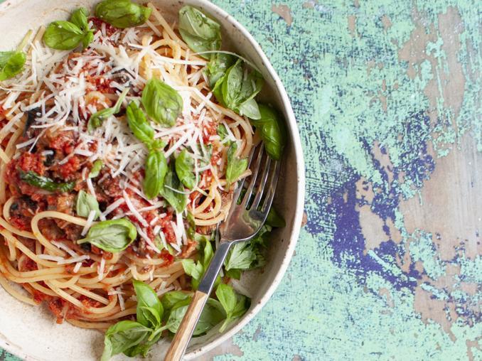 Spaghetti alla Norma: la ricetta siciliana che amiamo di più