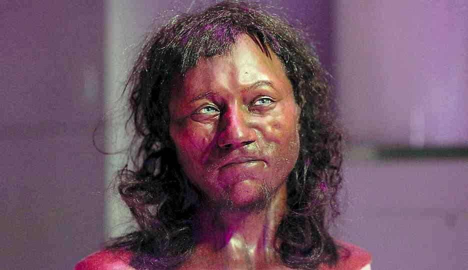 Pelle nera e occhi azzurri Cade il mito dell inglese bianco ... 90cfce354bb5