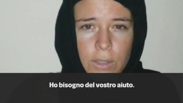 Foto italiana rapita isis 67