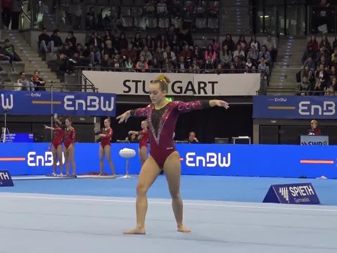 Stoccarda, la ginnasta dopo un grave infortunio nel 2016 conquista tutti sulle note di Harry Potter
