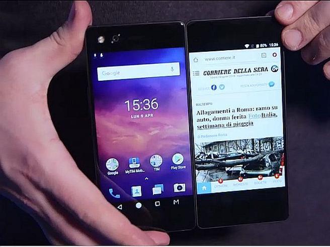 Zte Axon M, lo smartphone più originale: ha due schermi affiancati. La recensione video