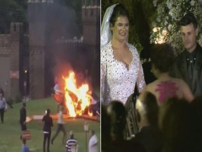 """L'elicottero della sposa si schianta. Ma lei raggiunge l'altare per il """"sì"""""""