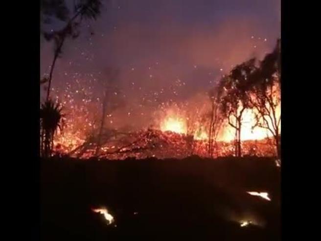 Hawaii, la furia del  Kilauea:  case distrutte e evacuati Video|Foto